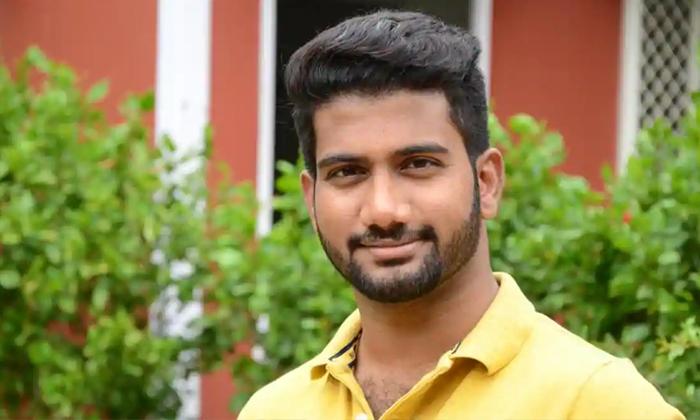 వెయిటింగ్ అనేది నచ్చదంటున్న యంగ్ డైరెక్టర్, అందుకే అఖిల్ మూవీ క్యాన్సిల్-Movie-Telugu Tollywood Photo Image