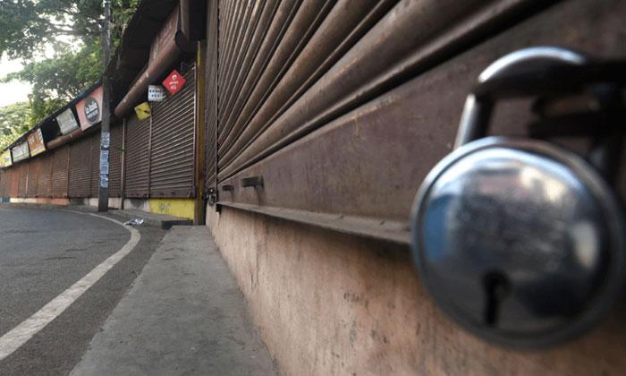 పెరుగుతున్న కరోనా, లాక్ డౌన్ వైపు అడుగులు వేస్తున్న మరికొన్ని రాష్ట్రాలు-General-Telugu-Telugu Tollywood Photo Image
