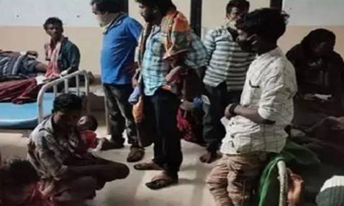 ఫుడ్ పాయిజన్ అయి అస్వస్థతకు గురైన 76 మంది-General-Telugu-Telugu Tollywood Photo Image