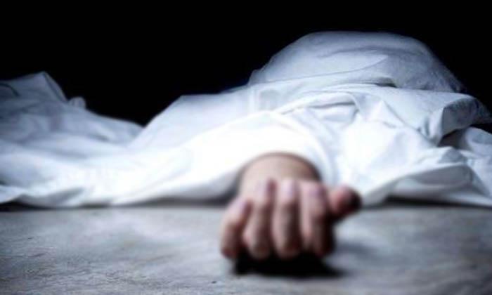 దారుణం : రేయ్ అని పిలిచినందుకు యువకుడు దారుణ హత్య…-Latest News-Telugu Tollywood Photo Image