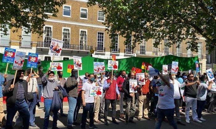 Telugu Anti-china Protest, Pakistanis, Pakistanis Sing 'jana Gana Mana' & 'vande Mataram' With Indians In London During Anti-china Protest, Vande Mataram-