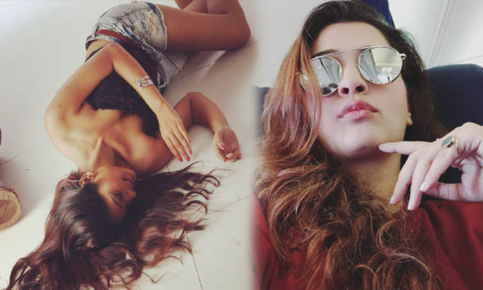 Payal Rajput Glamorous Hot Images-telugu Actress Hot Photos Payal Rajput Glamorous Hot Images - Telugu Actress Bollywoo High Resolution Photo
