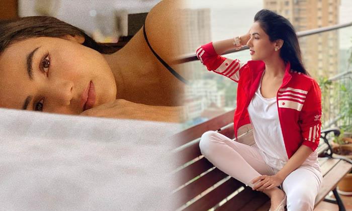 Sonal Chauhan Captivating Clicks-telugu Actress Hot Photos Sonal Chauhan Captivating Clicks - Telugu Actress Spicy Imag High Resolution Photo