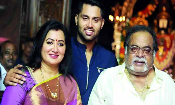 చిరంజీవి హీరోయిన్కు కరోనా పాజిటివ్-Breaking/Featured News Slide-Telugu Tollywood Photo Image