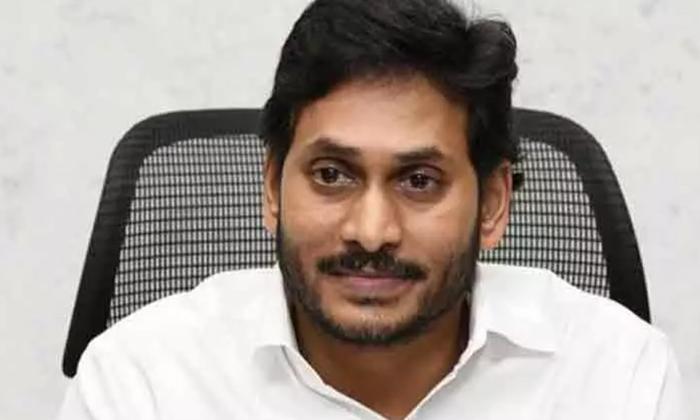 ఆ ఇద్దరితో జగన్ కు ఇబ్బందేగా కుల చిచ్చు పెడుతున్నారుగా -Political-Telugu Tollywood Photo Image