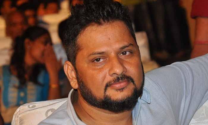 రామ్ను మరింత పవర్ఫుల్గా మారుస్తానంటోన్న డైరెక్టర్-Breaking/Featured News Slide-Telugu Tollywood Photo Image