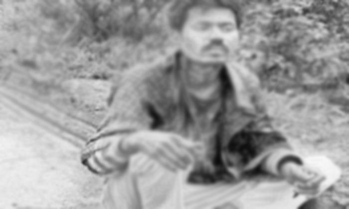 అతని గొంతుకోసి.. అడవిలో వదిలేశారు.. చివరికి-General-Telugu-Telugu Tollywood Photo Image
