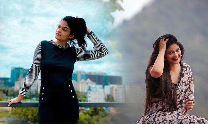 Kalpika Ganesh Captivating Poses-telugu Actress Hot Photos High Resolution Photo