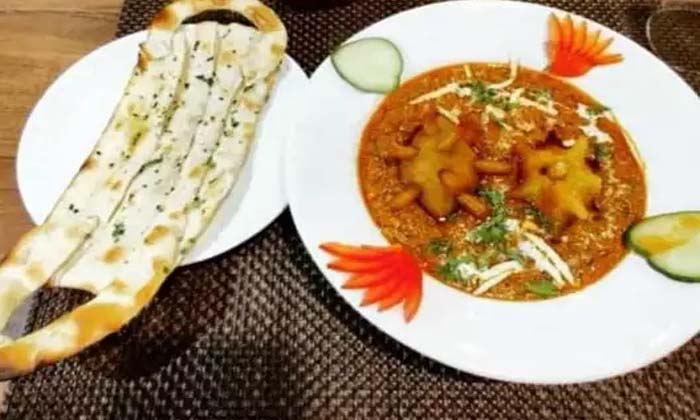 COVID Curry And Mask Naan Are Special Attractions In This Restaurant-General-English-Telugu Tollywood Photo Image