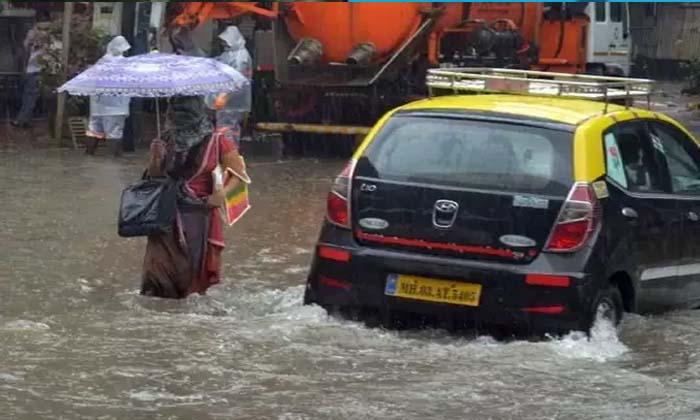 TeluguStop.com - రెడ్ అలెర్ట్: ముంబైలో రెండు రోజులు అన్నీ బంద్-Breaking/Featured News Slide-Telugu Tollywood Photo Image