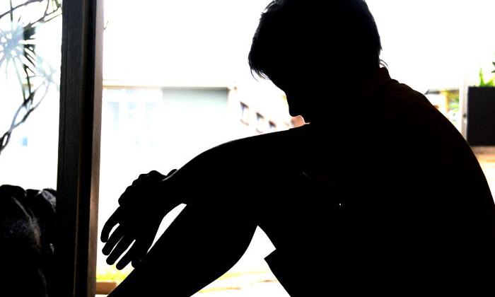 TeluguStop.com - 13ఏళ్ల బాలుడిపై 24 ఏళ్ల యువతి అత్యాచారం.. దిమ్మతిరిగే ట్విస్ట్ ఏంటంటే-Telugu Crime News(క్రైమ్ వార్తలు)-Telugu Tollywood Photo Image