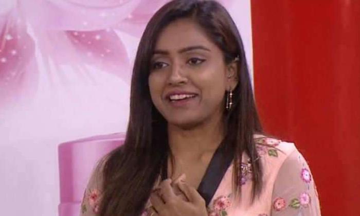 TeluguStop.com - ట్రోల్స్ వల్ల డిప్రెషన్ లోకి వెళ్లానంటున్న వరుణ్ భార్య-Latest News - Telugu-Telugu Tollywood Photo Image