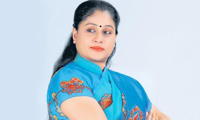 Telugu Congress Leader, Congress Leaders Tension Over Vijayshanthi Silence, Dubbaka Constituency, Elections, Special Poojas, Vijayshanthi-Telugu Political News