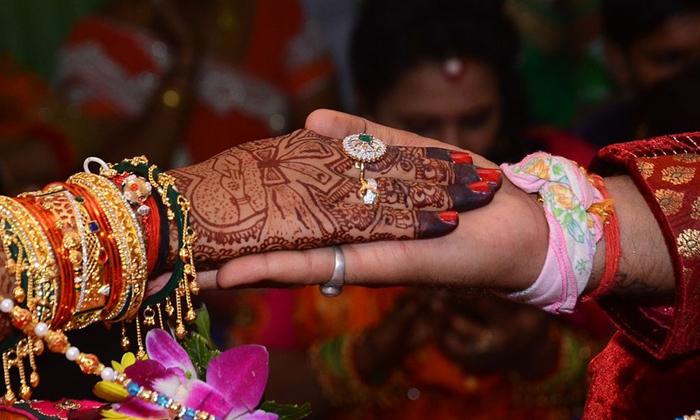 TeluguStop.com - హెచ్ఐవి వధువుకు కమ్మ వరుడు కావలెను.. సంప్రదించగలరు-General-Telugu-Telugu Tollywood Photo Image