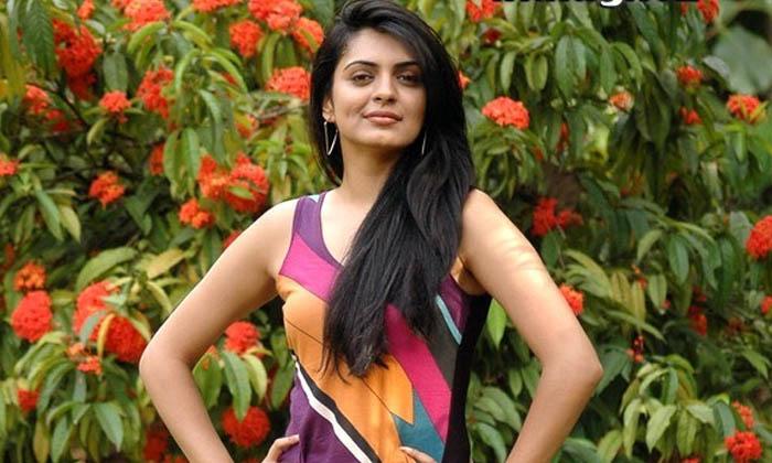 TeluguStop.com - ఈ మహేష్ బాబు చెల్లెలు ఇప్పుడు ఎలా ఉందో తెలుసా..-Latest News - Telugu-Telugu Tollywood Photo Image