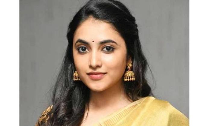 TeluguStop.com - Nani's Heroine To Romance Sharwanand In Maha Samudram'-Movie-English-Telugu Tollywood Photo Image