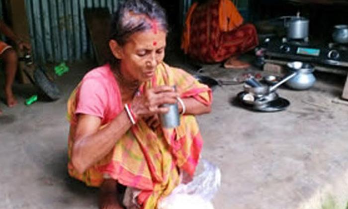 TeluguStop.com - ముప్పై ఏళ్లుగా `టీ` తాగి బతికేస్తున్న మహిళ.. అదెలా అంటే-General-Telugu-Telugu Tollywood Photo Image