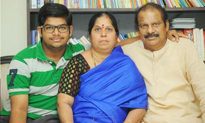 తండ్రి పేరును నిలబెట్టిన ధర్మవరపు సుబ్రహ్మణ్యం కొడుకులు-Latest News - Telugu-Telugu Tollywood Photo Image
