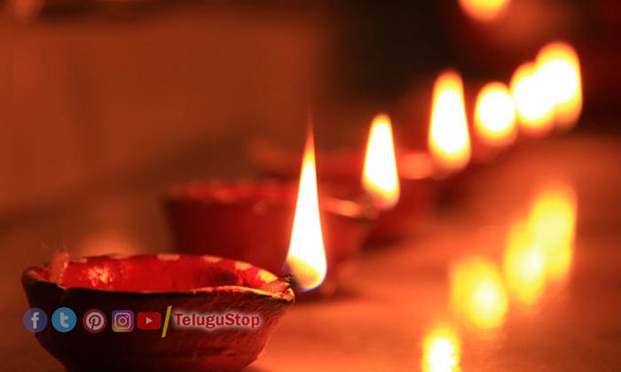 TeluguStop.com - ఈ నూనెతో దీపం వెలిగించారో అంతే సంగతులు-Latest News - Telugu-Telugu Tollywood Photo Image