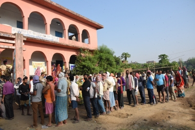 TeluguStop.com - 53.54% Vote In peaceful' First Phase Of Polling In Bihar (Lead)-Latest News English-Telugu Tollywood Photo Image