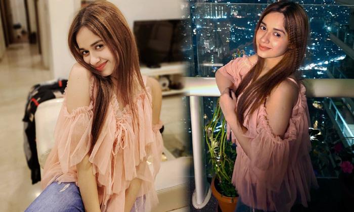 Bolllywood Stunning Beauty Jannat Zubair Rahmani Cute Candid Clicks - Telugu Jannat Zubair Rahmani Age Amazing Pictures High Resolution Photo