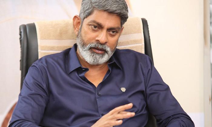 TeluguStop.com - ఆ విషయం పెద్దగా పట్టించుకోనంటున్న జగపతి బాబు..-Latest News - Telugu-Telugu Tollywood Photo Image