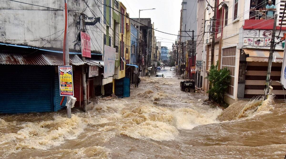 TeluguStop.com - Severe Rains In Hyderabad For Four More Days-General-English-Telugu Tollywood Photo Image