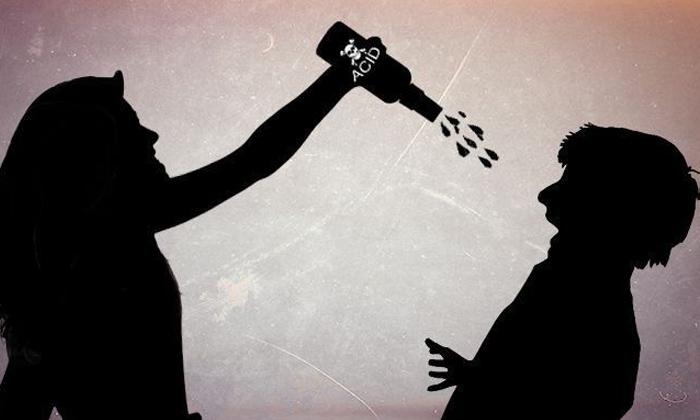 TeluguStop.com - ప్రియుడిపై యాసిడ్ పోసిన ప్రియురాలు.. కారణం తెలిస్తే-General-Telugu-Telugu Tollywood Photo Image