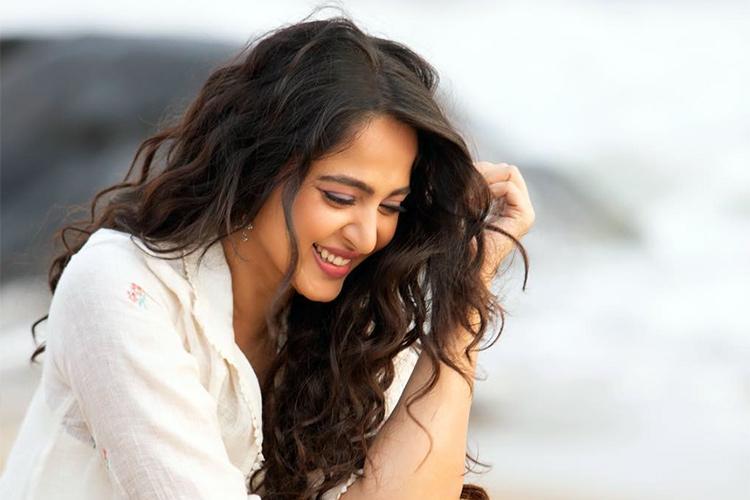Telugu Anushka Shetty, Friends And Family Members, Secrets, Tollywood Heroine-Movie