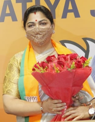 TeluguStop.com - Khushbu Detained Amid Row Over VCK MP's Comments On Hindu Women (Ld)-Latest News English-Telugu Tollywood Photo Image