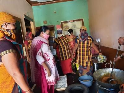 TeluguStop.com - K'taka Police Prevent Child Marriage, Save Minor Girl-Crime News English-Telugu Tollywood Photo Image