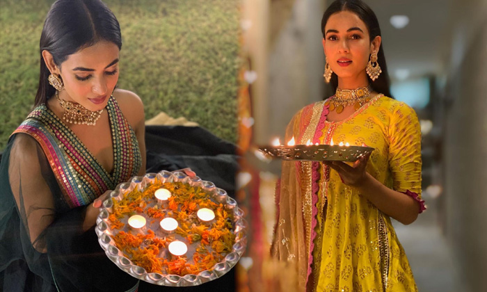 Bollywood Actress Sonal Chauhan Traditional Attire And Glamorous Images-telugu Actress Hot Photos Bollywood Actress Sona High Resolution Photo