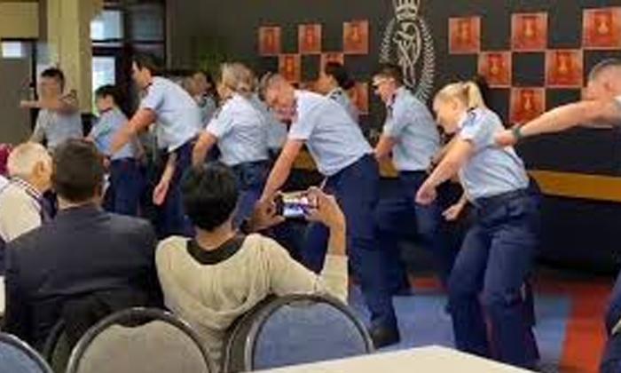 Telugu Diwali In New Zealand, Kala Chaeshma, New Zealand Cops Celebrate Diwali, Nri, Telugu Nri News Updates-Telugu NRI
