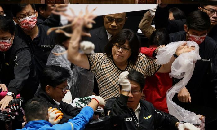 Telugu Remove Ban On Imports, Taiwan, Taiwan Parliament, Throw Pig Guts-Political