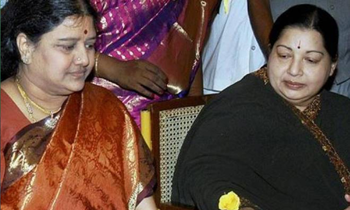 Telugu Chinnamma, Jayalalitha, Sasi Kala, Sasikala Release May Further Delayed Even After Paying The 10 Crore Rupees Fine To Court, Tamilnadu Politics-Political