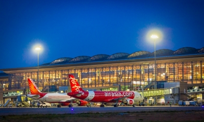 TeluguStop.com - Hyderabad Airport's Daily Passenger Footfall Jumps To 30,000-Business-Telugu Tollywood Photo Image