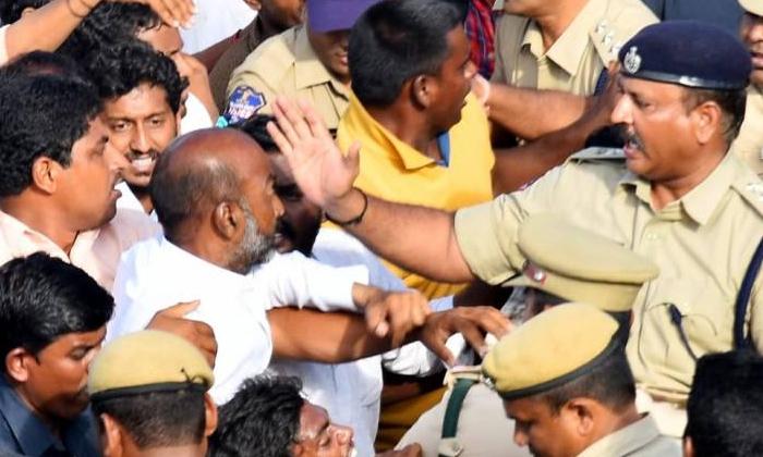 Telugu Bandi Sanjay, Ghmc Elections, Kcr, Telangana, Vivek-Telugu Political News