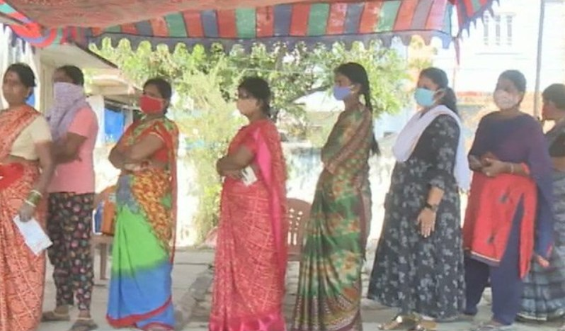 TeluguStop.com - Ghmc Polls: People Blame Covid, Media Blames People
