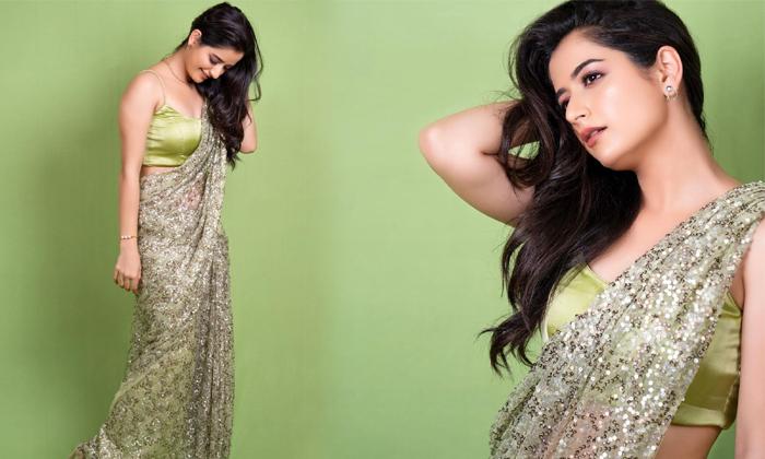 Tamil Heroine Ashika Ranganath Amazing Clicks-telugu Actress Hot Photos Tamil Heroine Ashika Ranganath Amazing Clicks - High Resolution Photo