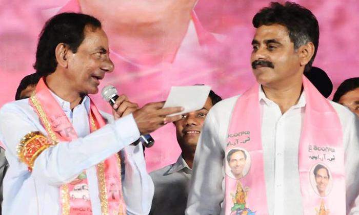 TeluguStop.com - పోలింగ్ శాతం తగ్గడంపై టిఆర్ఎస్ అభ్యర్ధులు హ్యాపీ-Political-Telugu Tollywood Photo Image