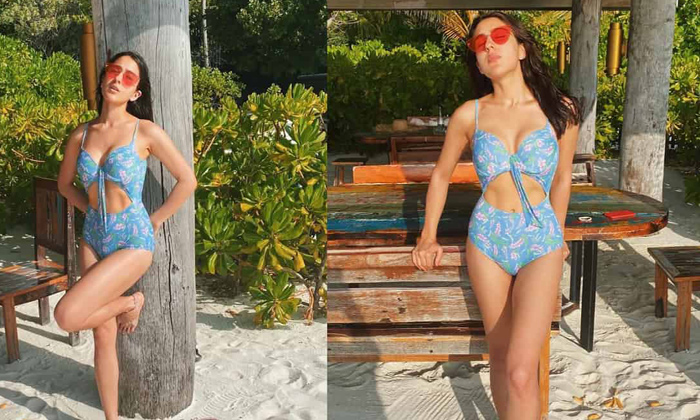 Sara Ali Khan%E2%80%99s Bikini Poses Are Drool Worthy