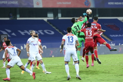 TeluguStop.com - Goncalves Brace Helps Chennaiyin Beat Odisha 2-1 In ISL-Latest News English-Telugu Tollywood Photo Image